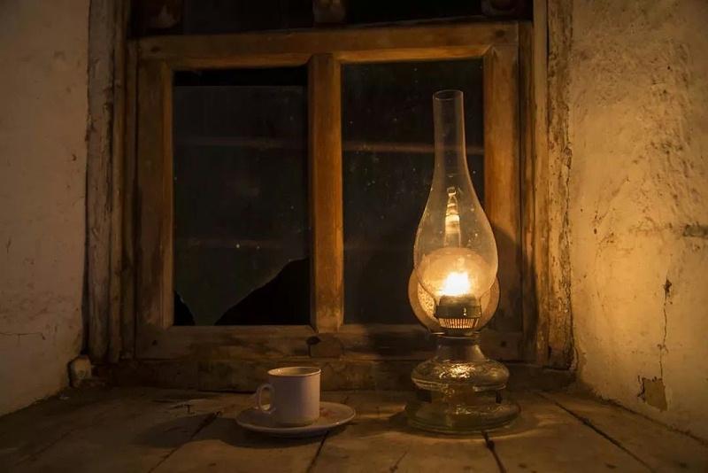 农村的煤油灯