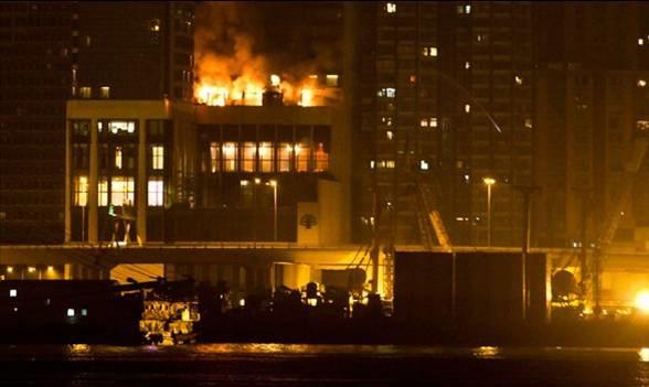 高楼失火现场