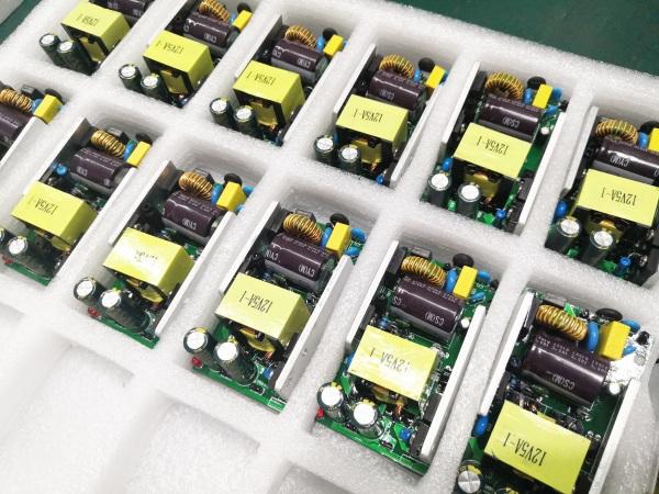 领航电气-生产车间