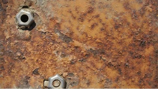 金属腐蚀无可避免,但我们可以采用这种方法延缓它的腐蚀进程