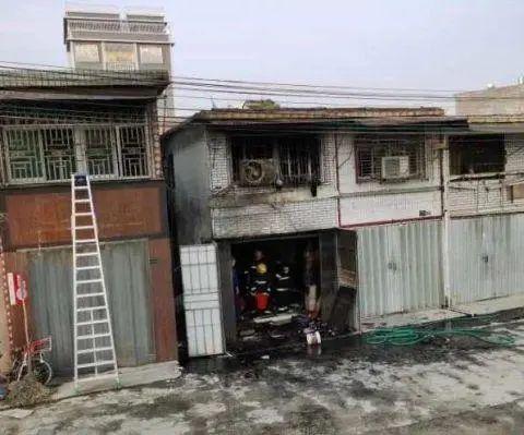 火灾现场(图片来源:羊城晚报)
