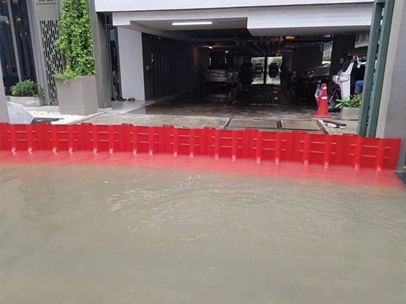 防汛挡板用在地下停车场入口
