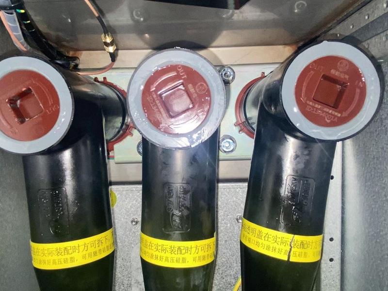 RFID测温装置堵头部分细节图,内置测温传感器