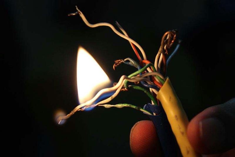 电缆温度过高为火灾埋下温床