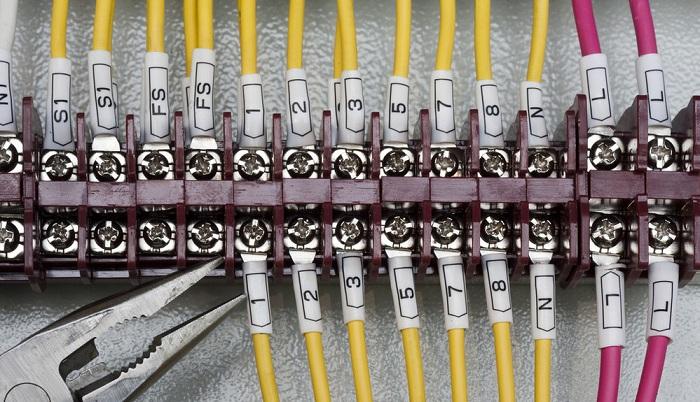 导线连接器端子