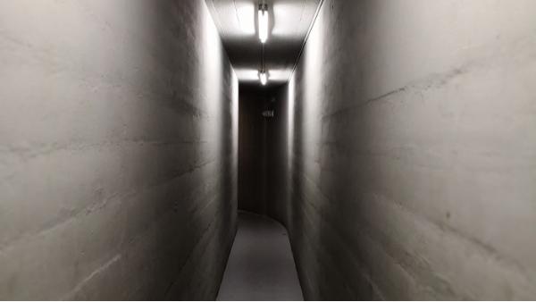 如何实现狭窄空间或作业面的防潮封堵?